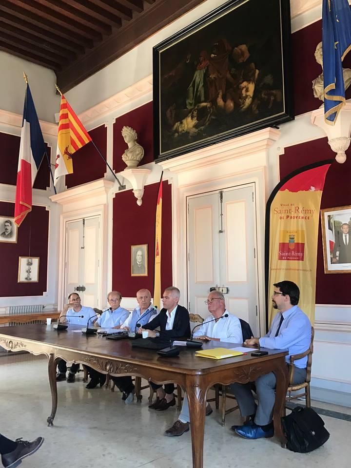 Administration territoriale : l'APVF a réuni des élus des trois communautés du Pays d'Arles
